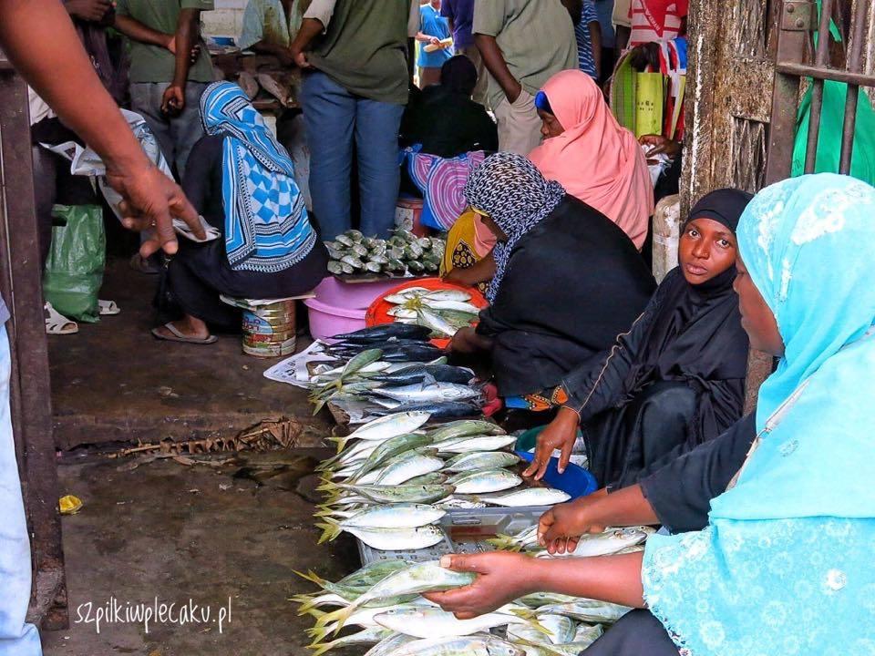 stone-town-fish-market