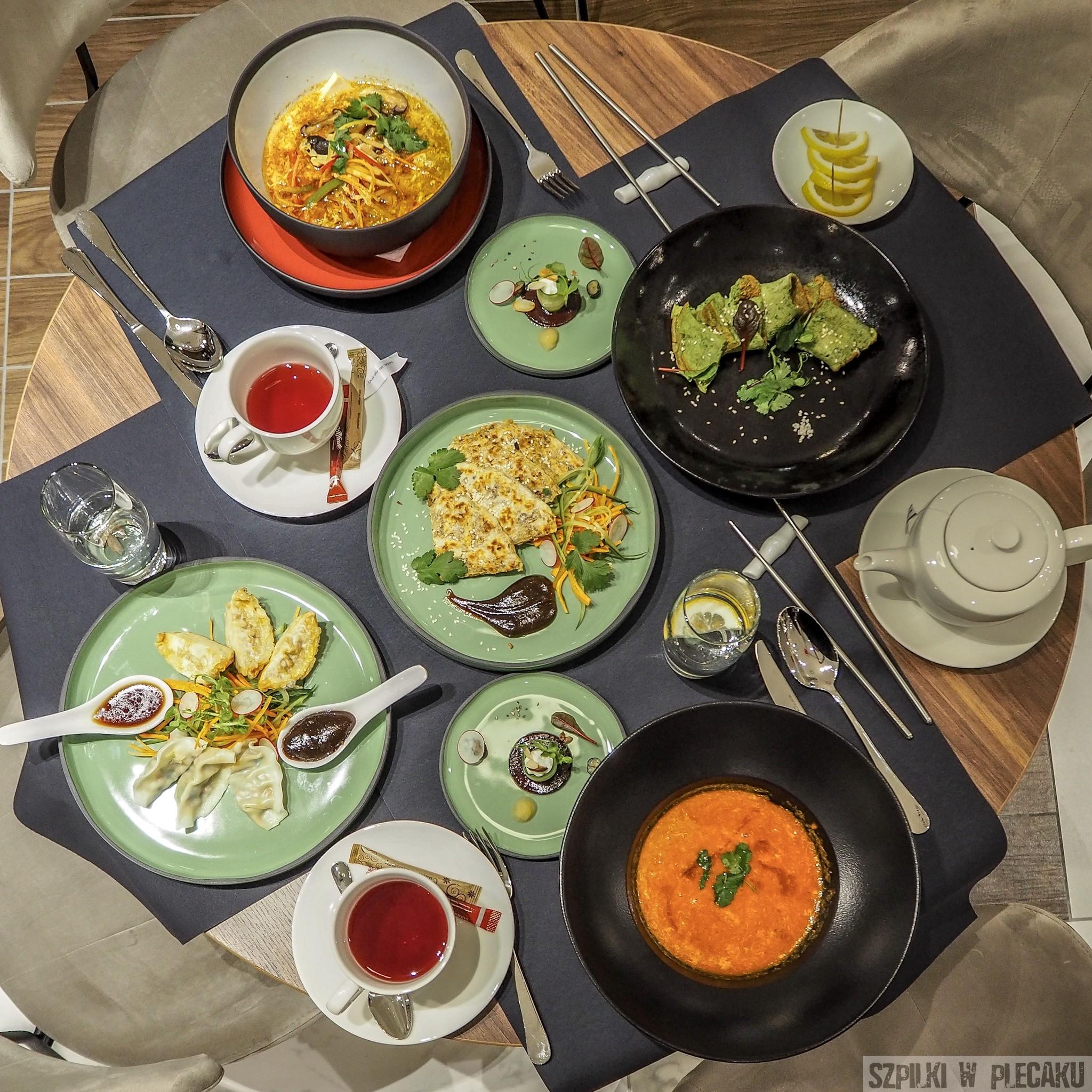 jedzenie Metropolo by Golden Tulip