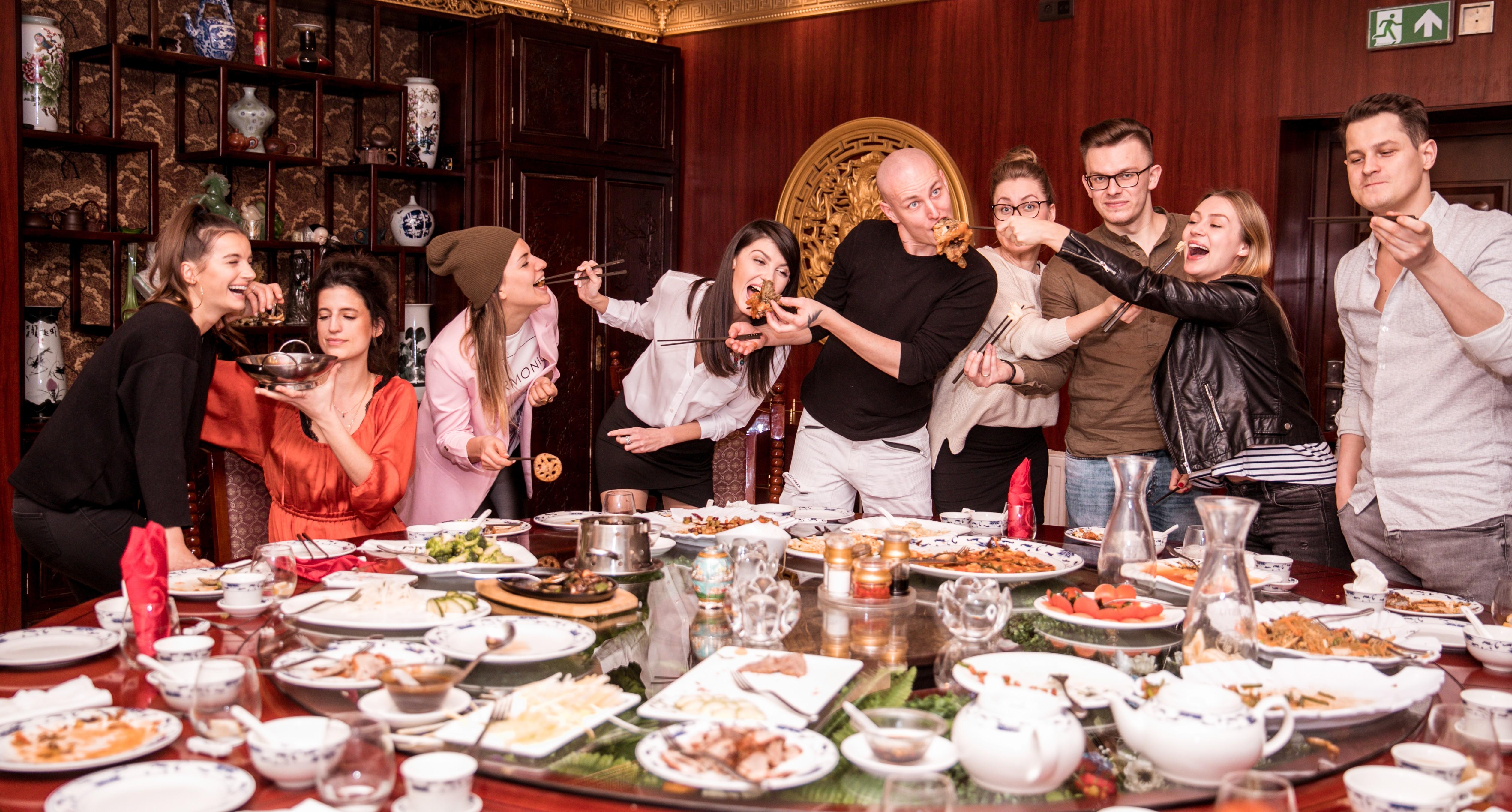 Chiny na talerzu – kuchnia chińska i etykieta przy stole w Państwie Środka