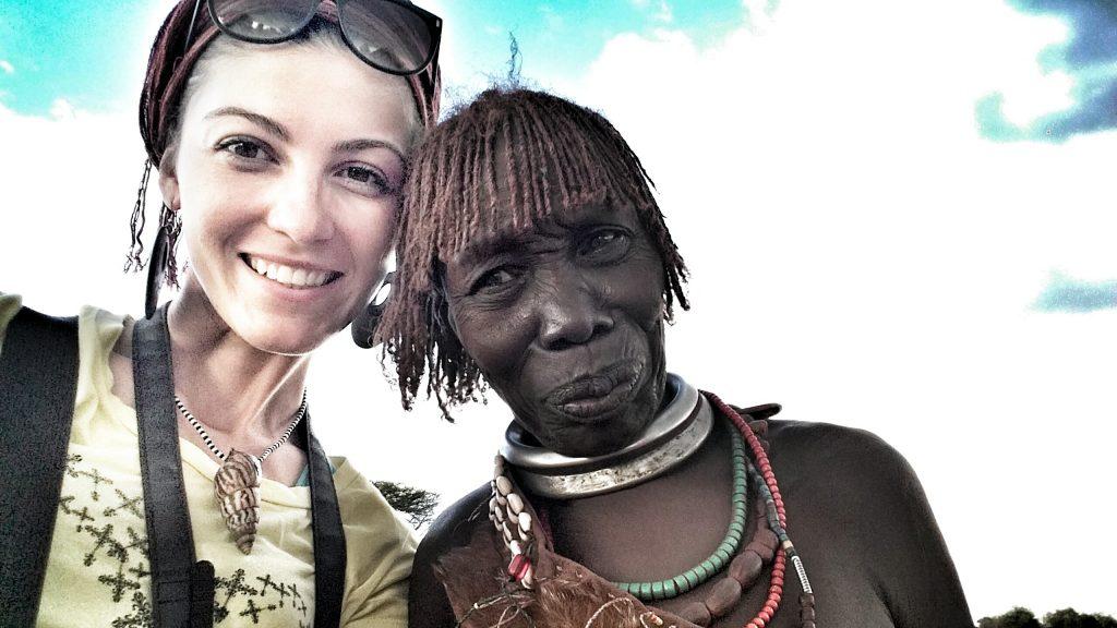 Szpilki w plecaku – Pierwsza filmowa relacja -Etiopia