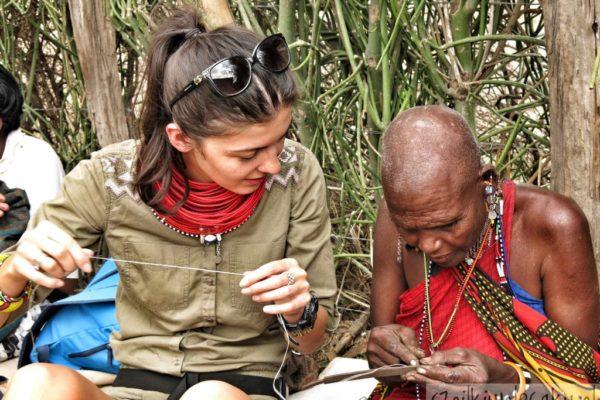 robimy masajską bizuterię Szpilki w plecaku - Ewa Chojnowska