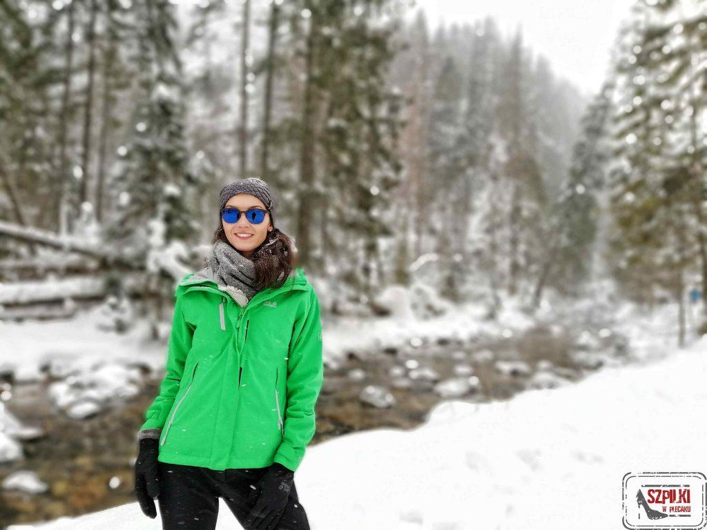 Przetrwać zimę w górach  czyli test kurtki Jack Wolfskin Troposphere women evergreen