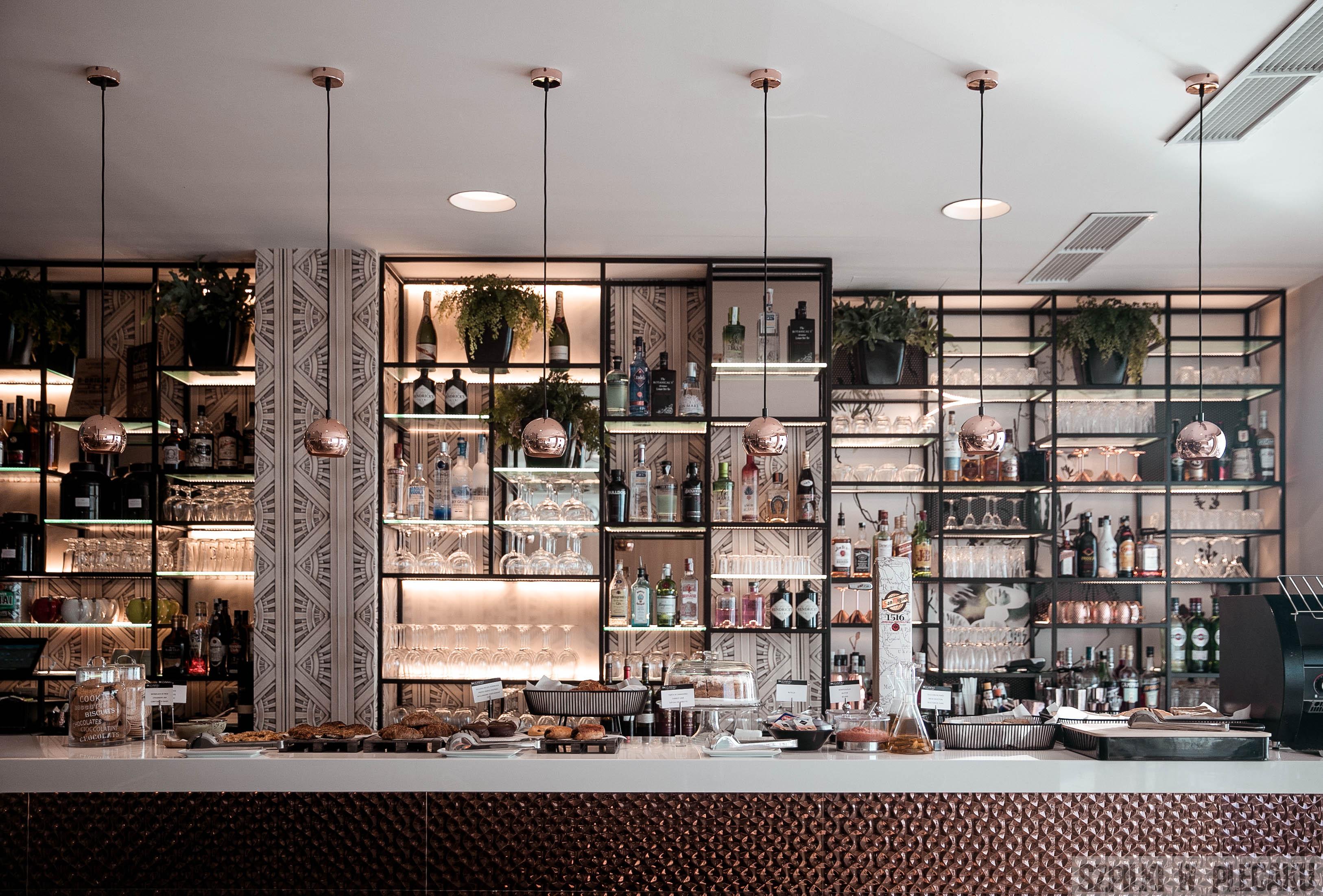 bar w restauracji D-Vora