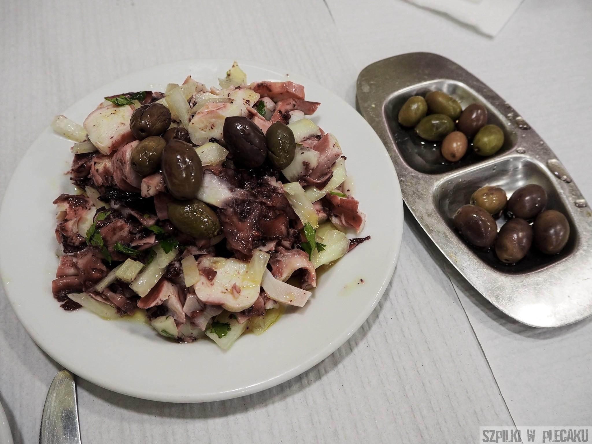 o Tabuas - sałatk z ośmiornicy - szpilki w plecaku - Ewa Chojnowska