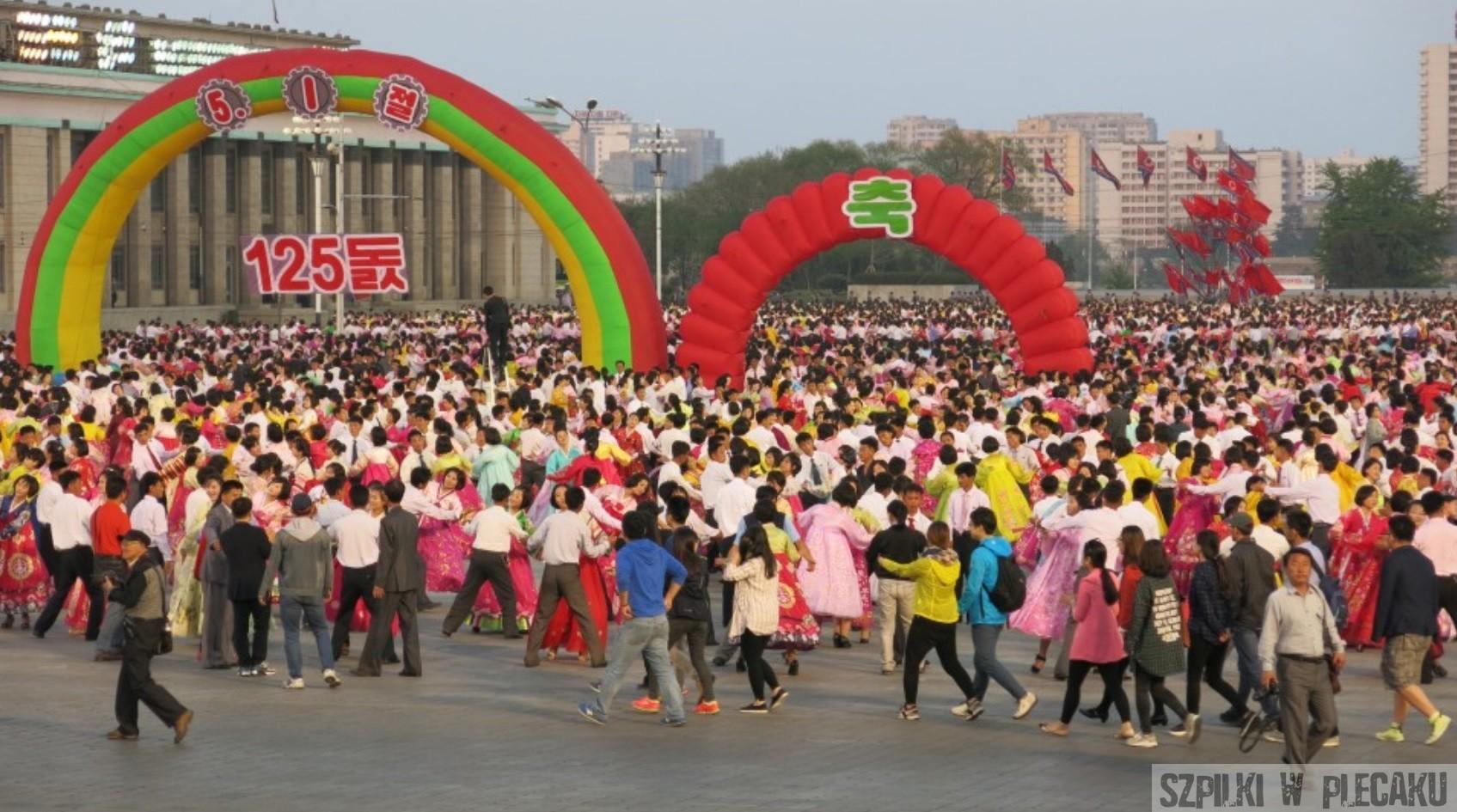 Korea Północna od święta — czyli świąteczny kalendarz KRLD