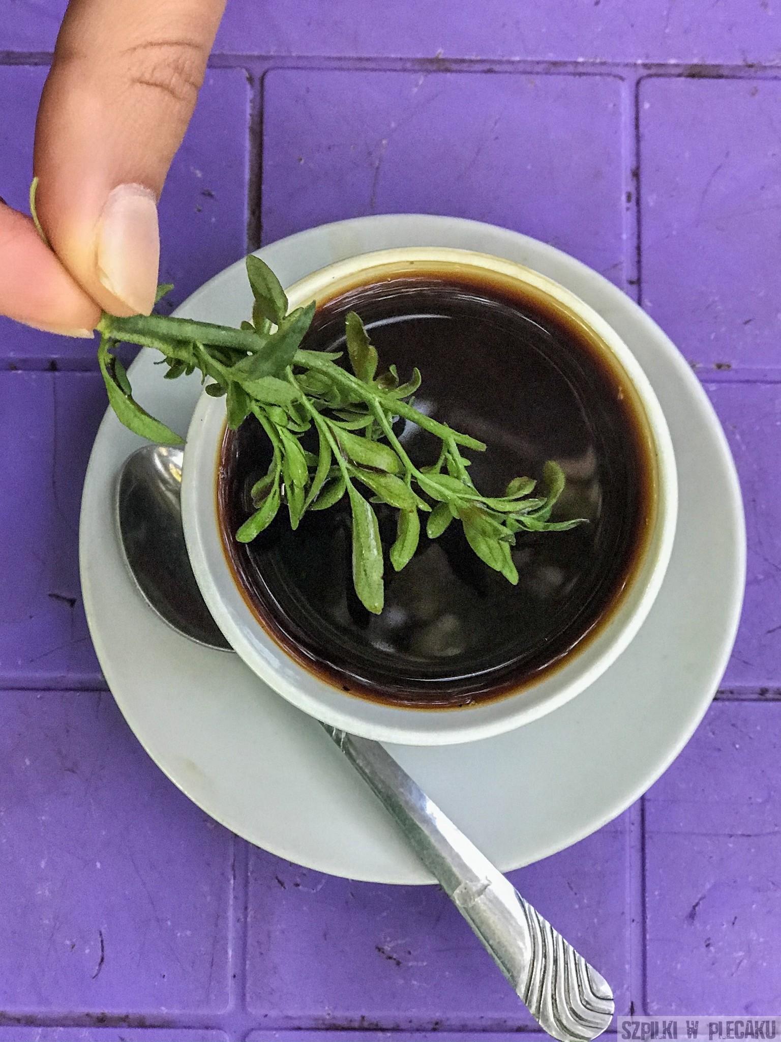 etiopska kawa z rutą
