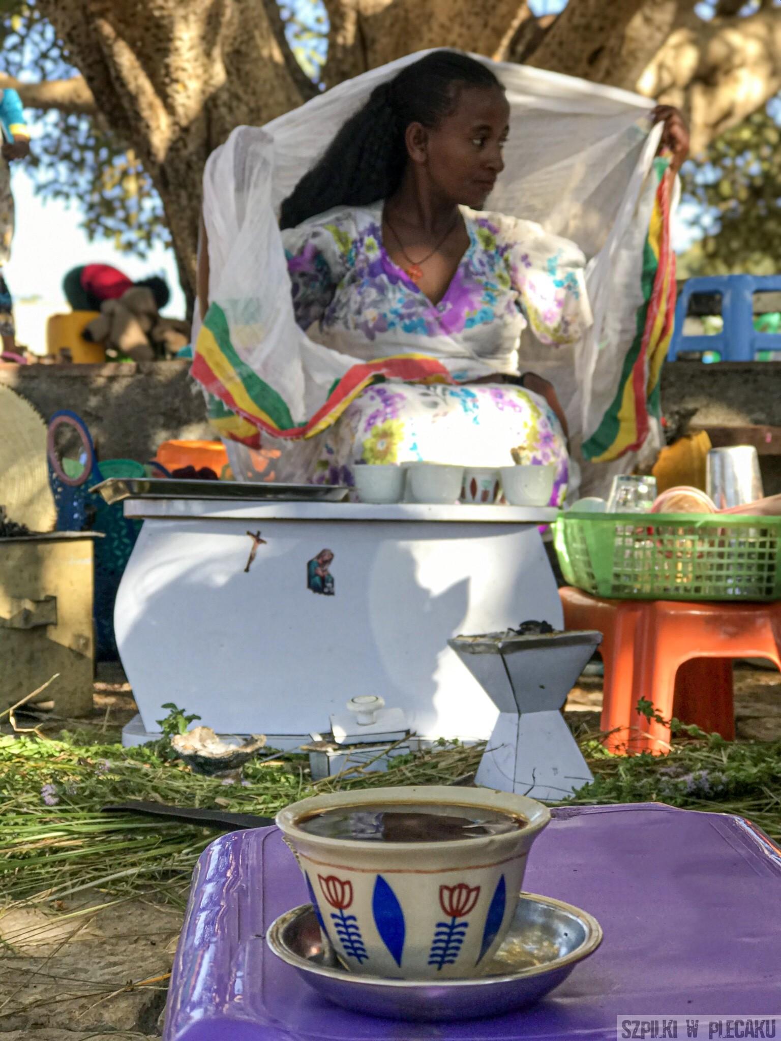 etiopskie uliczne kawiarenki