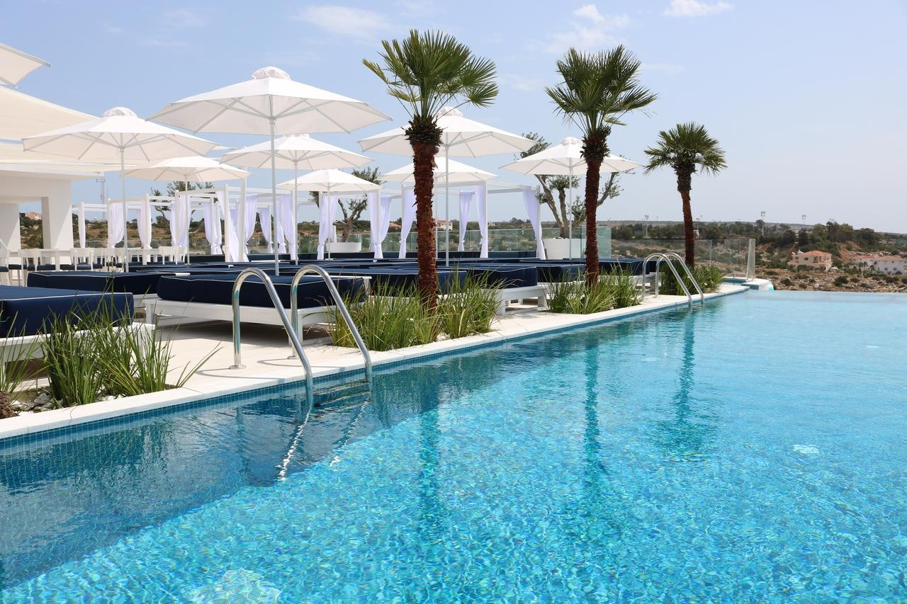 Ciekawe noclegi na Cyprze – apartamenty, hotele butikowe, rooftopy.