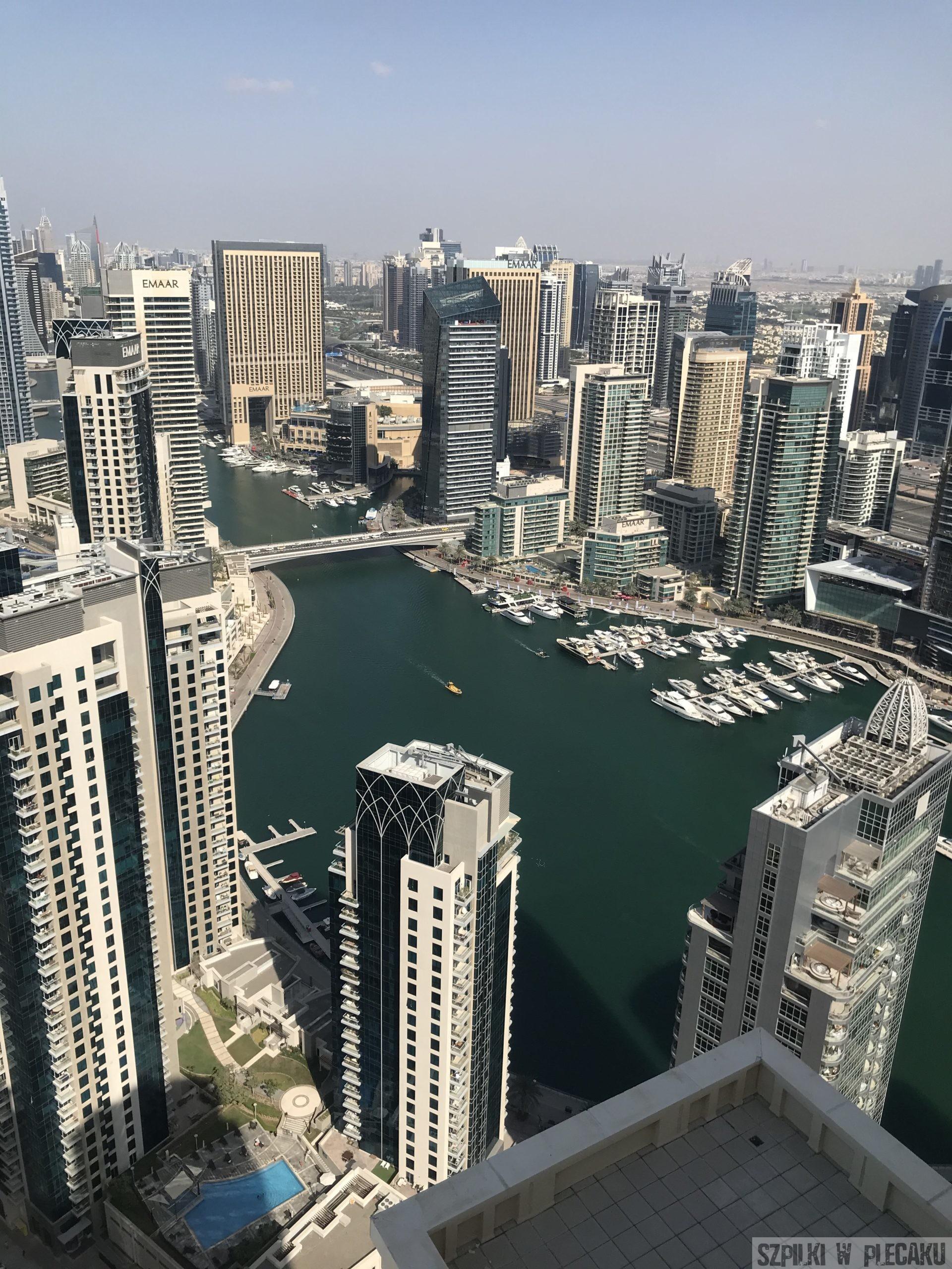 Dubai - Marina - Szpilki w plecaku