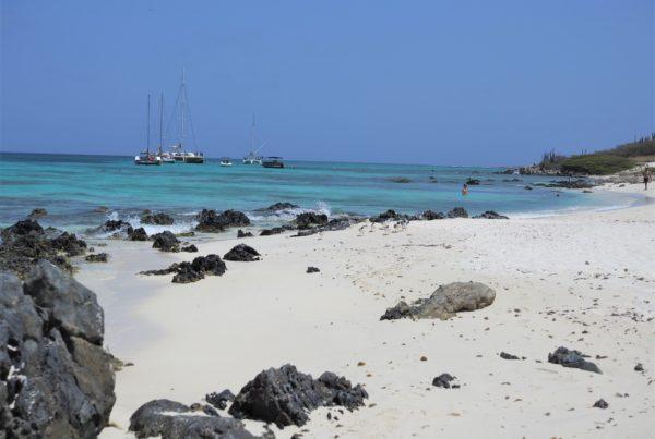 Boca Catalina - Aruba -Szpilki w plecaku