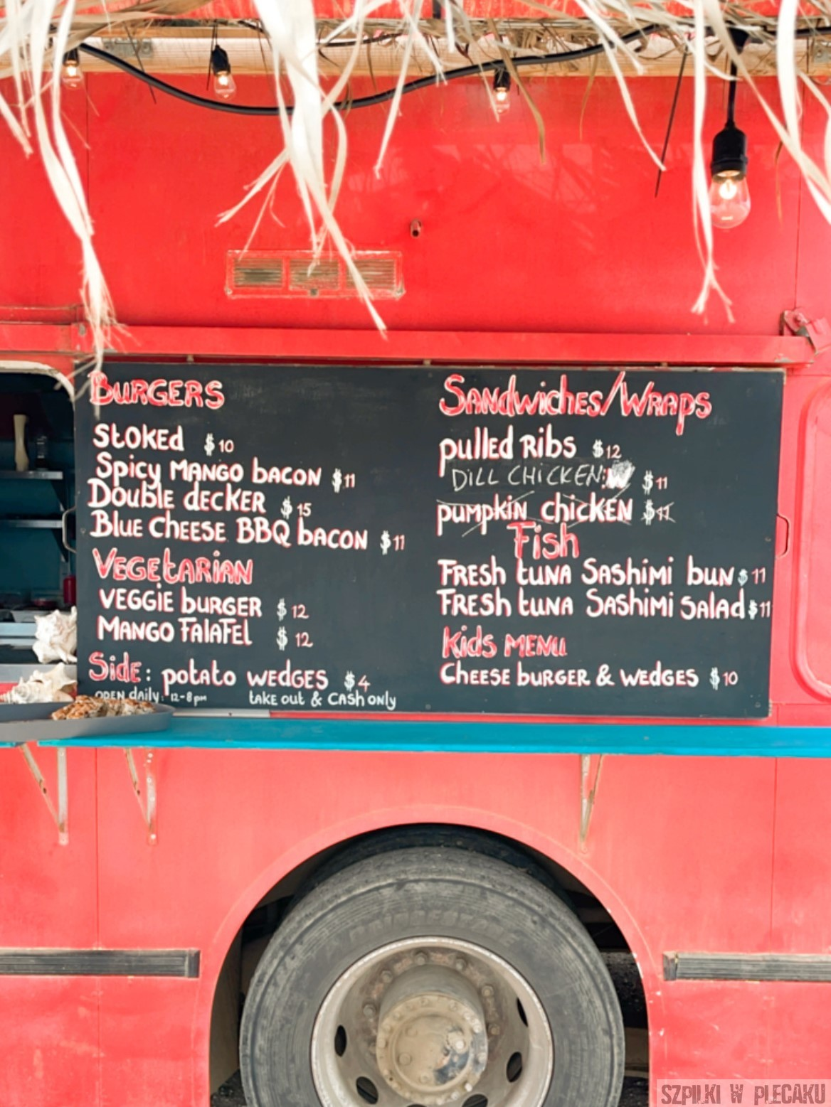 foodtrack - Bonaire - Szpilki w plecaku